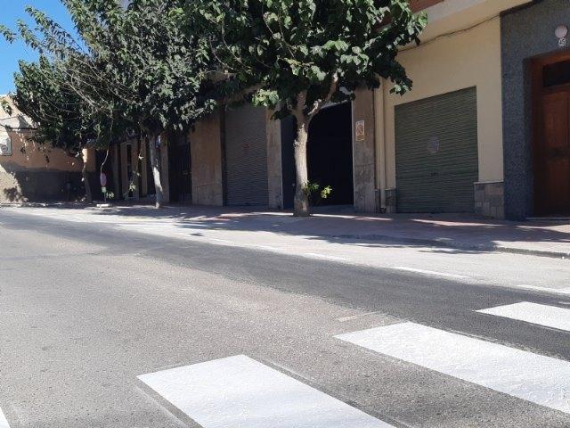 Finalizan las obras de arreglo de un tramo de la red de alcantarillado en la calle General Aznar que provocaban daños en las viviendas y comercios colindantes, Foto 4
