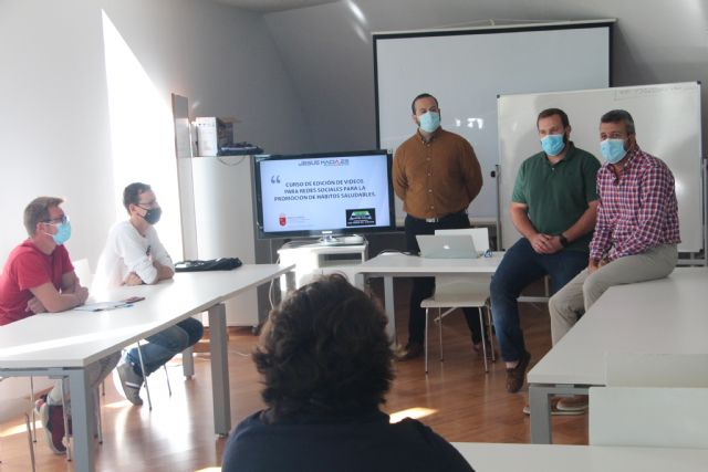 El Centro de Ocio acoge un curso de edición de vídeos en redes sociales para la promoción de hábitos saludables en jóvenes - 1, Foto 1
