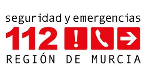 Servicios de emergencias acudieron en la noche de ayer a sofocar incendio en el camping Caruana, Foto 1