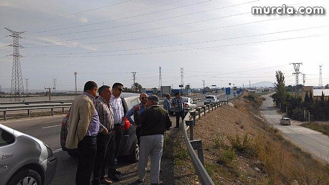 Ciudadanos llevará al Congreso la problemática por la acumulación de líneas de alta tensión en Totana, Foto 1