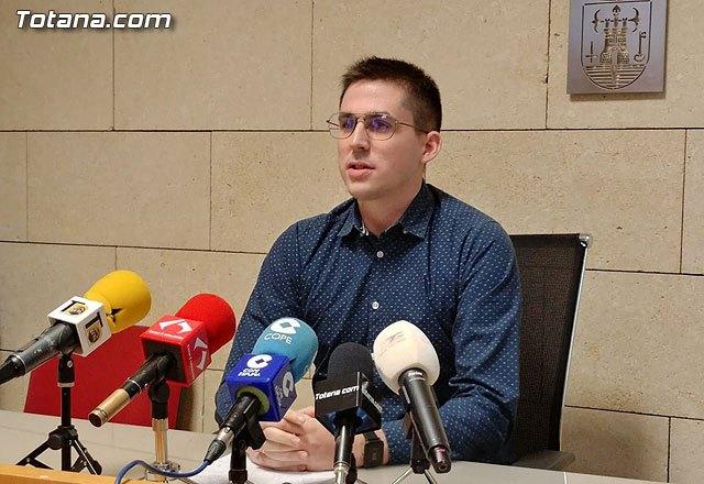 El concejal de Obras y Servicios a la Ciudad, V�ctor Balsas, ofrece una rueda de prensa, Foto 1