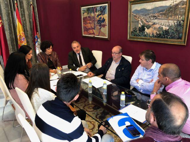 La Comunidad y el Ayuntamiento muestran su apoyo al comercio lumbrerense - 1, Foto 1
