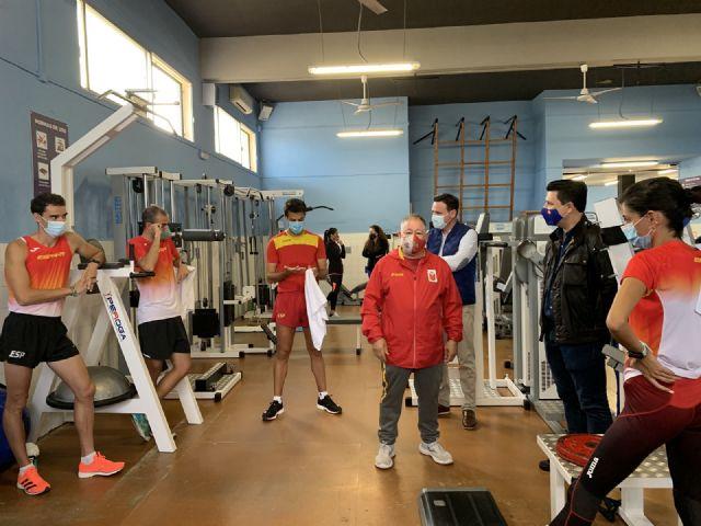 Los marchadores de la Selección de atletismo de España entrenan en San Javier - 2, Foto 2