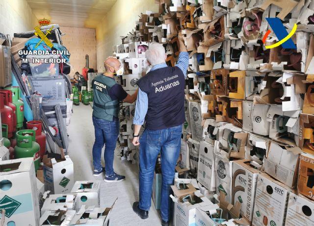 Desmantelada una organización criminal dedicada al tráfico ilegal de gases fluorados - 1, Foto 1