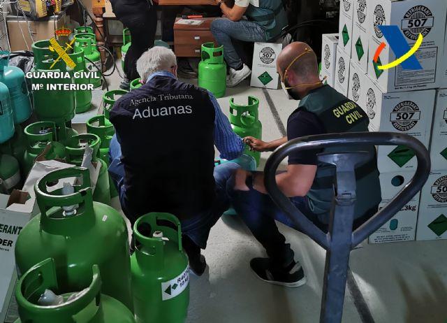 Desmantelada una organización criminal dedicada al tráfico ilegal de gases fluorados - 2, Foto 2