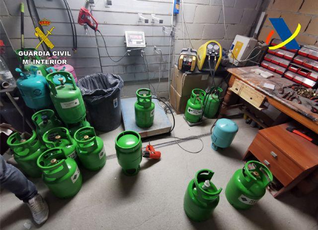 Desmantelada una organización criminal dedicada al tráfico ilegal de gases fluorados - 3, Foto 3