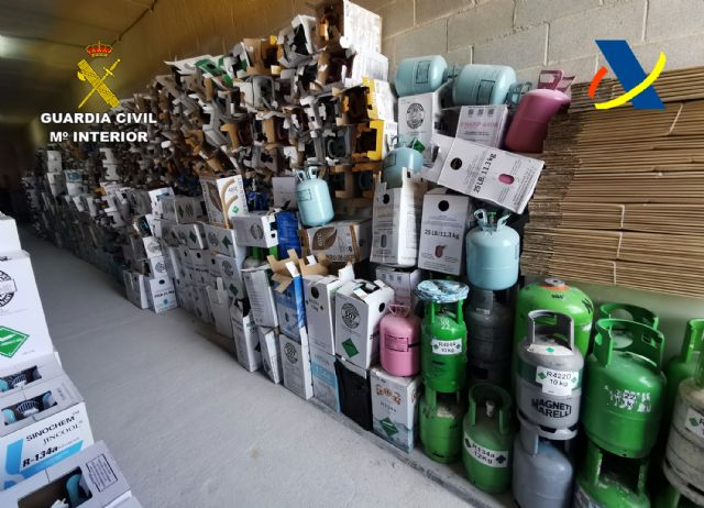 Desmantelada una organización criminal dedicada al tráfico ilegal de gases fluorados - 4, Foto 4