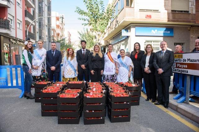 Día del tomate en las fiestas patronales, Foto 1