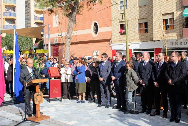 Abre a los vecinos de Alcantarilla, la plaza de la Constitución, conmemorando así también el Día de la Constitución en nuestro municipio - 3, Foto 3