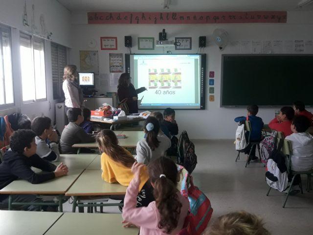 Los escolares de San Pedro del Pinatar protagonizan la celebración del 40 aniversario de la Constitución Española - 3, Foto 3