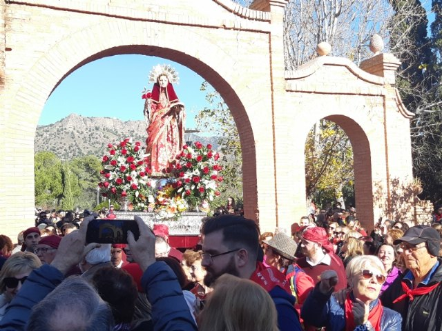 About 10,000 people participate in the pilgrimage day of Santa Eulalia de Mérida, Patroness of Totana, who returns to her sanctuary in Sierra Espuña