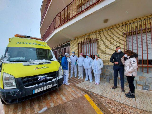El Área IV de Salud suministra las primeras dosis de la vacuna contra la COVID-19 a unos 300 ancianos, dependientes y personal de residencias de Caravaca de la Cruz - 1, Foto 1