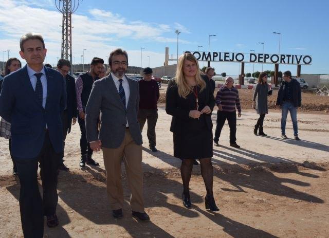 Las obras de la nueva rotonda que facilita el acceso al polideportivo de Mazarrón finalizarán antes de Semana Santa - 3, Foto 3