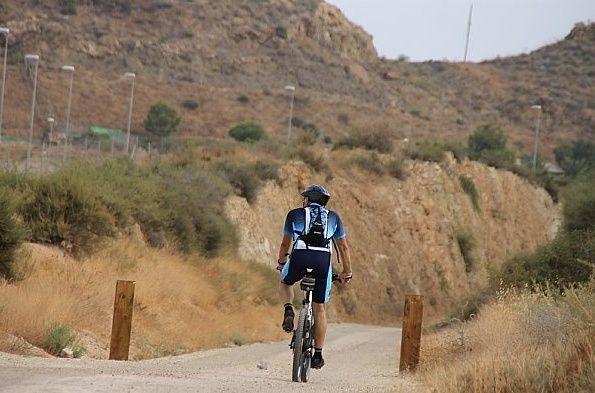 El Consorcio de las Vías Verdes de la Región de Murcia trabaja en la elaboración de una ordenanza sobre uso y funcionamiento de estas infraestructuras, que afecta a la Vía Cartagena-Totana, Foto 2