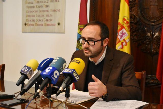 El PSOE muestra su preocupación por la parálisis de las obras del Auditorio de Lorca: Gil Jódar prometió que estaría terminado a primeros de este año y a día de hoy sólo está 'el cascarón' - 1, Foto 1