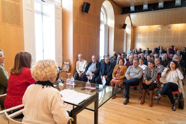 Los clubes de mayores conocen las actividades próximas de la Concejalía de Servicios Sociales - 1, Foto 1