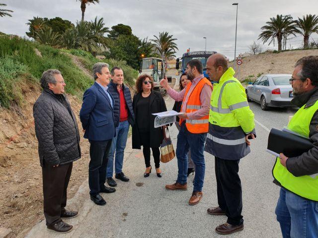 Fomento construye un carril peatonal paralelo a la carretera que une Abanilla y Mahoya - 1, Foto 1