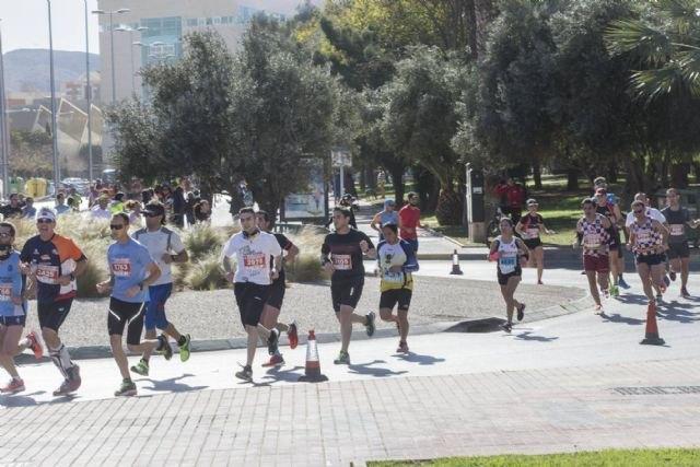 Participación del Club Atletismo de Totana en la Media Maratón de Cartagena, Foto 2