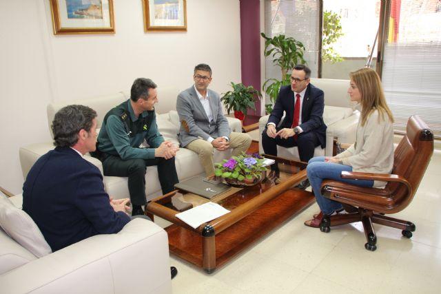 Alhama contará con una mayor colaboración entre Guardia Civil y Policía Local, Foto 1