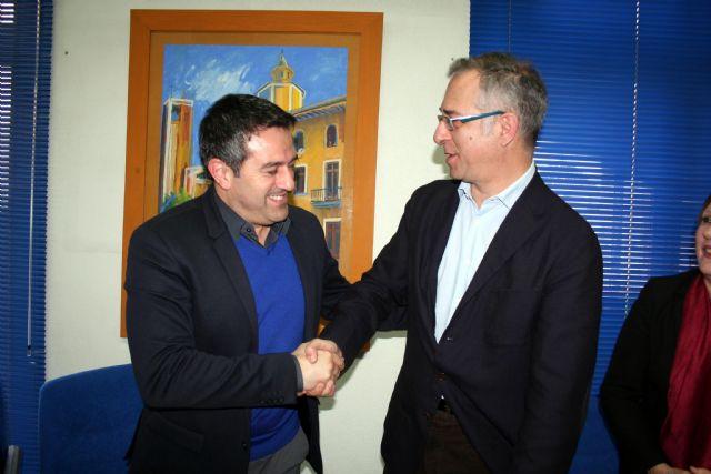 Ayuntamiento y la Sociedad Geográfica de la Región, suscriben un convenio de colaboración - 1, Foto 1