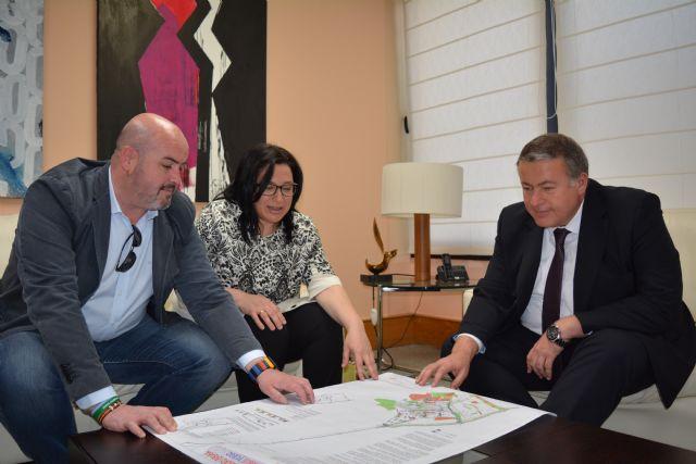 La Consejería de Fomento estudiará la mejora de la carretera que une Pliego con Alhama de Murcia, Foto 1