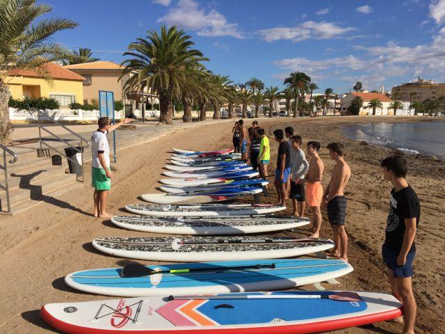 800 escolares se forman en deportes náuticos gracias a un programa financiado por el ayuntamiento, Foto 1