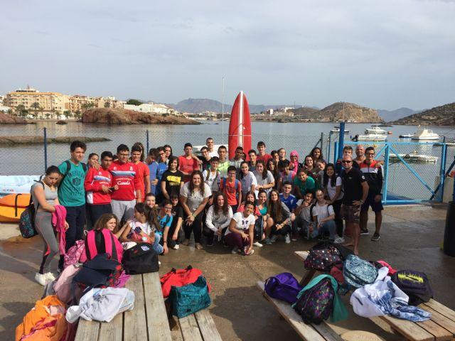 800 escolares se forman en deportes náuticos gracias a un programa financiado por el ayuntamiento, Foto 3