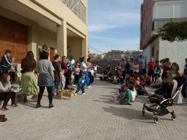 Campos del Río conmemora el Día Internacional del Libro Infantil con una carrera literaria y la visita de Cristian Andersen - 1, Foto 1