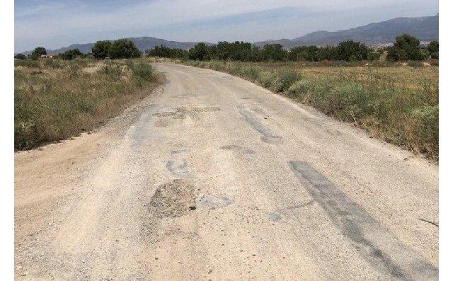 Adjudican el contrato para ejecutar las obras de pavimentación de los caminos Casa de Los Aramillejos y junto a Viveros Muñoz - 1, Foto 1