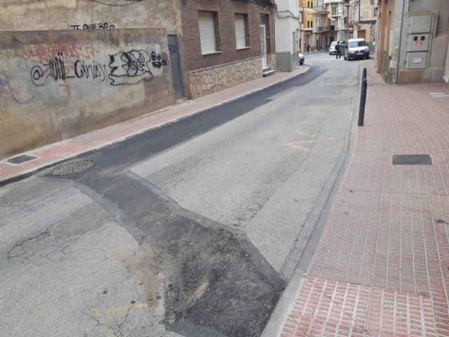 Finalizan las obras de urgencia acometidas para renovar un tramo de la red de alcantarillado y saneamiento de la calle Maderera - 3, Foto 3