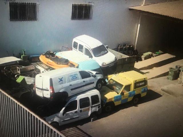 El PSOE de San Javier denuncia al Seprona un segundo presunto desguace ilegal de vehículos en instalaciones municipales - 1, Foto 1