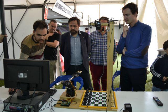 Los aficionados de las nuevas tecnologías se dan cita en la tercera edición de Pinatar Interactiva - 1, Foto 1