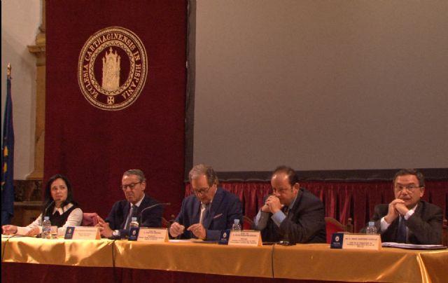 El Jefe Territorial de la Inspección de Trabajo y Seguridad Social, Diego Martínez, ha explicado a los graduados sociales - 1, Foto 1
