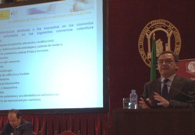 El Jefe Territorial de la Inspección de Trabajo y Seguridad Social, Diego Martínez, ha explicado a los graduados sociales - 2, Foto 2