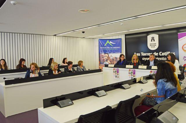 Los participantes del proyecto Ponte en marcha ¡Empléate! reciben sus diplomas - 5, Foto 5