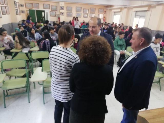 El alcalde acompaña al cónsul honorario de Francia en la Región de Murcia en una jornada formativa organizada por el Departamento de Lengua Francesa en el IES Prado Mayor - 5, Foto 5