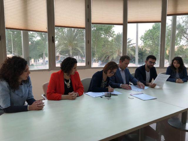 El Ayuntamiento de Torre Pacheco y la Asociación PROMETEO renuevan convenio de colaboración - 2, Foto 2