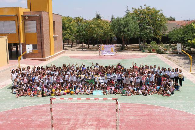 El colegio Deitania recibe la visita del canal de TV 7RM y publica los beneficios de su reciente proyecto realizado (734 €), Foto 1
