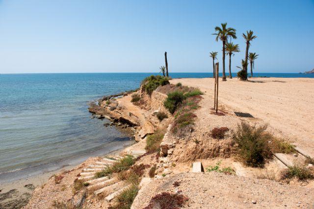 La playa Negra mejorará su acceso con una escalera de madera similar a las de el mojón y rincón de Bolnuevo, Foto 1