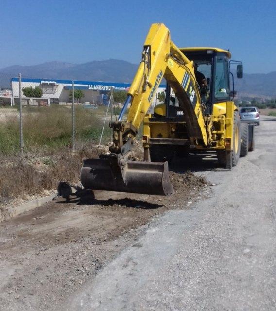 Comienzan las obras de arreglo de los caminos rurales de La Barquilla y desde la carretera de Mazarrón hasta el paraje de la Casa del Trini - 2, Foto 2