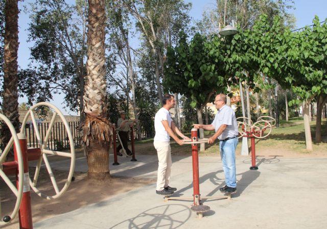El Ayuntamiento instala una zona de juegos biosaludables en el parque público Augusto Vels - 1, Foto 1