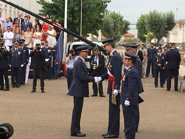 El Rey  Felipe VI presidió la entrega de Despachos a los nuevos Tenientes  en la Academia General del Aire de San Javier - 2, Foto 2