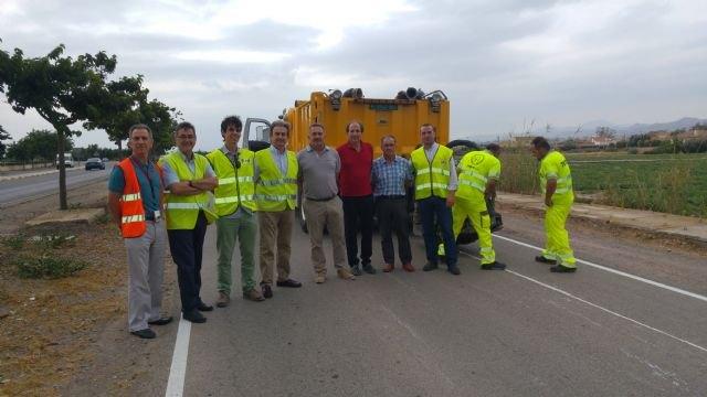 Fomento ejecuta la primera ´huella sonora´ longitudinal en una carretera regional que alerta cuando el vehículo se sale del carril - 1, Foto 1