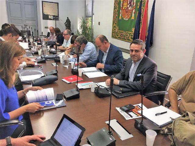 El alcalde asiste en Madrid a la reunión de la Comisión de Educación de la Federación de Municipios y Provincias - 1, Foto 1