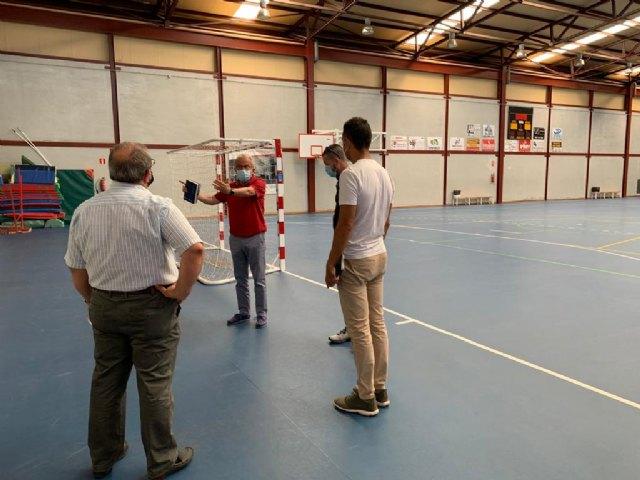 Deportes trabaja en la ampliación del polideportivo de San Ginés con la integración de los vestuarios - 1, Foto 1