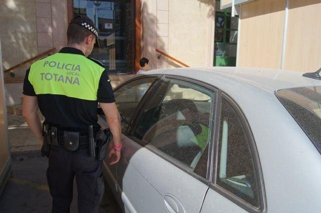 La Policía Local se adhiere a la campaña especial de la DGT sobre el Cinturón y Sistemas de Retención Infantil, Foto 1