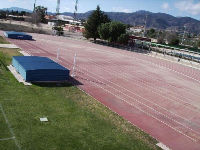 La pista del complejo deportivo Guadalentín cerrará cuatro meses para su remodelación, Foto 1