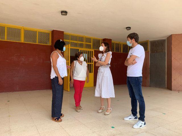 Llamamiento a padres y alumnos sobre la importancia de seguir las medidas de prevención e higiene en la vuelta a las aulas - 1, Foto 1