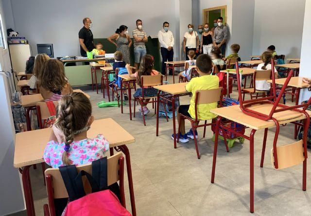 Unos 2.500 escolares inician el curso en Las Torres de Cotillas, que llega con la novedad de la ampliación del colegio San José - 5, Foto 5