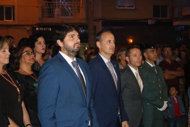 El presidente de la Comunidad asiste a la procesión en honor a la Virgen del Rosario, patrona de Torre Pacheco - 2, Foto 2